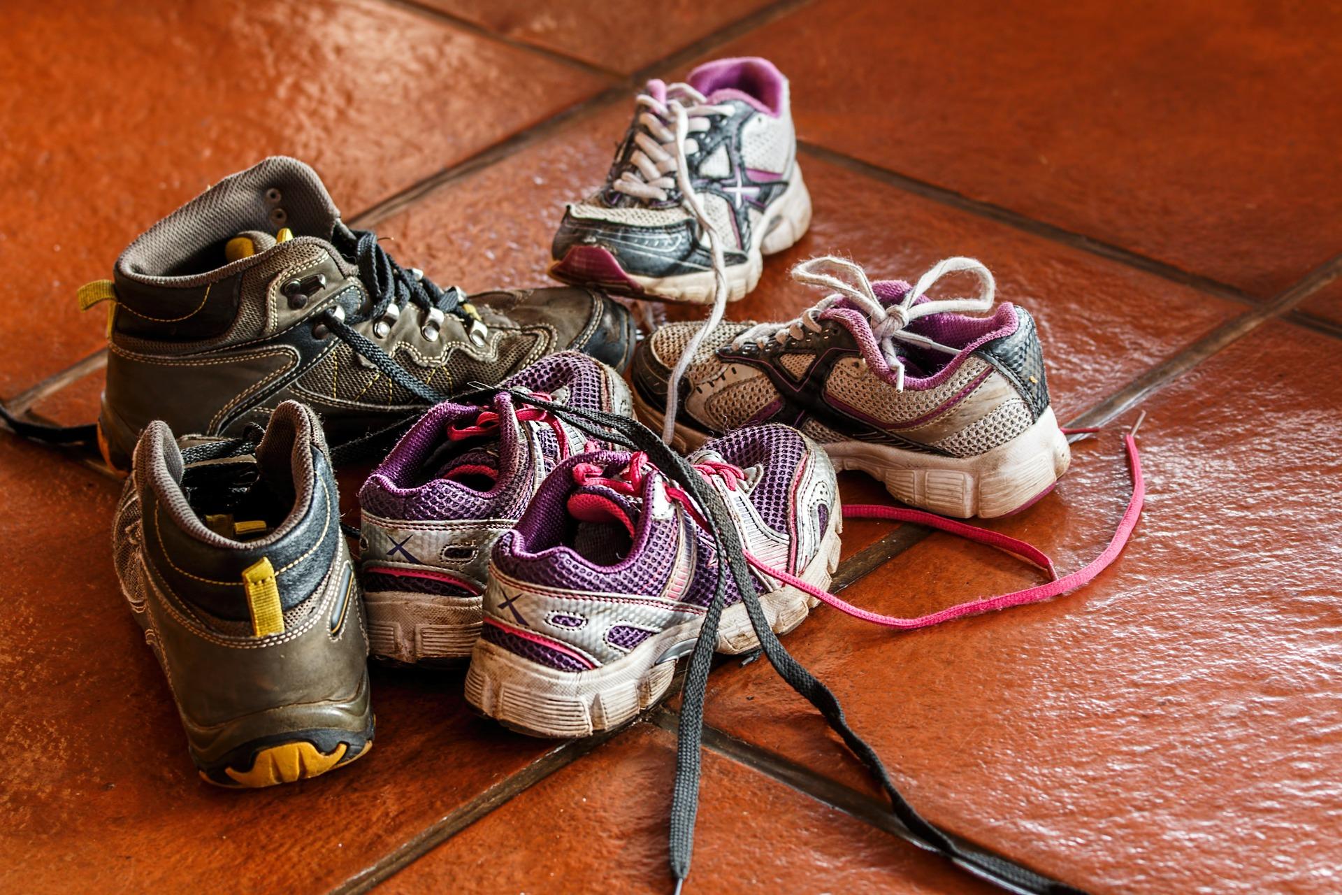 Ordenar zapatos niños