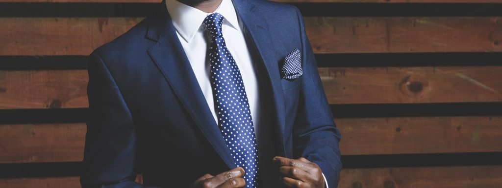 hombre de negocio en traje